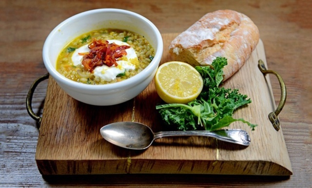 Pearl barley and kale soup photo by Groupon/Jack Monroe