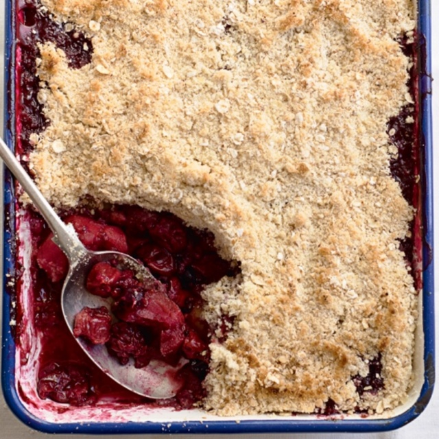 Beery berry crumble photo by Susan Bell, for A Girl Called Jack.